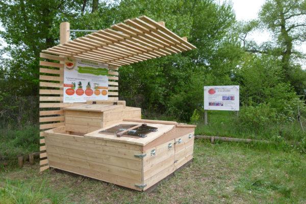 unit de compostage collective le p le eco design. Black Bedroom Furniture Sets. Home Design Ideas